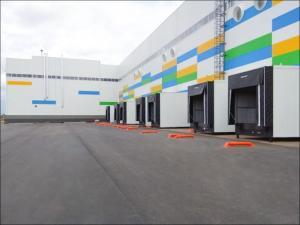 Тамбур экономит рабочее пространство внутри склада
